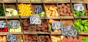 Grocery shopping tips to save money